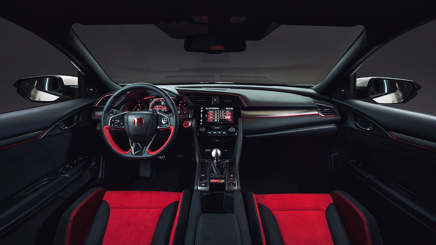 Close-up dashboard Honda Civic Type R.