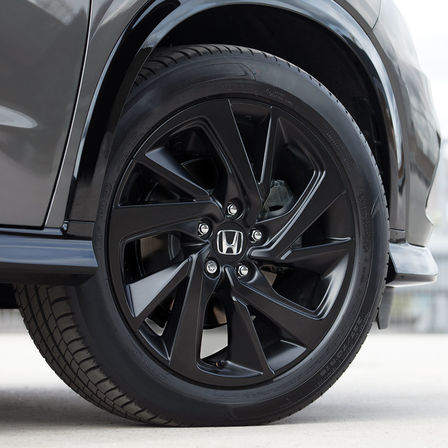 Close-up van wiel Honda HR-V Sport.