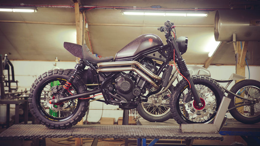 Custom Honda CMX500 Rebel door Russ Brown en Dan Gold.