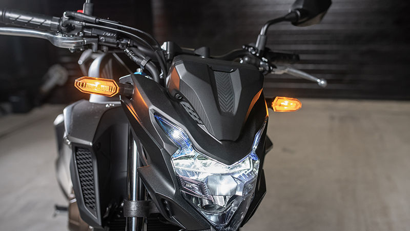 CB500F, ingezoomd op LED-systeem