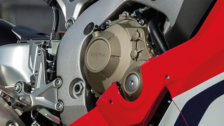 Close up van Honda Fireblade met engine brake control.